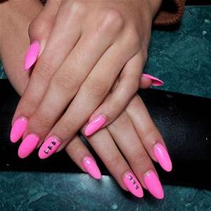 Ongles En Gel Rose : ongle en gel couleur rose ~ Melissatoandfro.com Idées de Décoration