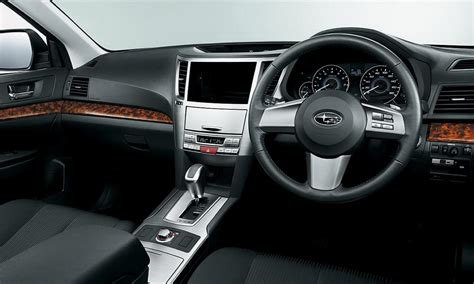 subaru outback touring interior image gallery 2010 legacy wagon