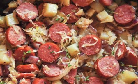 cuisiner des saucisses fum馥s pommes de terre aux saucisses fumées cookeo recette cookeo