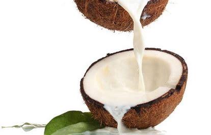 manfaat santan kelapa bagi kesehatan kecantikan