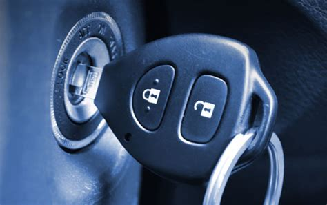 cara mudah membuat kunci rahasia mobil ahli kunci mobil immobilizer 0852 6743 2551 jakarta