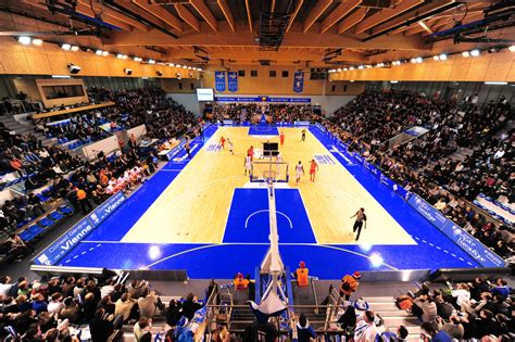 salle des ventes de poitiers poitiers salle 201 loi 2 700 pb86 basket pro a b