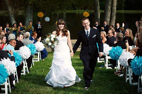 pompon pour deco de mariage
