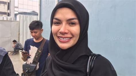 Chef Cantik Puput Caroline Akan Laporkan Nikita Mirzani