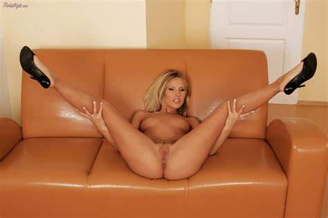 Glass Toy Ffm In The Couch Zuzana Zeleznovova Posing And Game With Glass Toy On