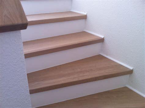 holz für treppenstufen treppenstufen holz renovieren treppenstufen holz