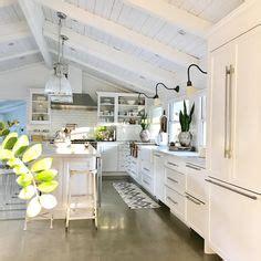 cottage kitchen hutch white shaker style kitchen cabinet farmhouse kitchen white 2651