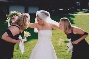 Traumarama: 20 of the Most Awkward Bridesmaid Photos ...