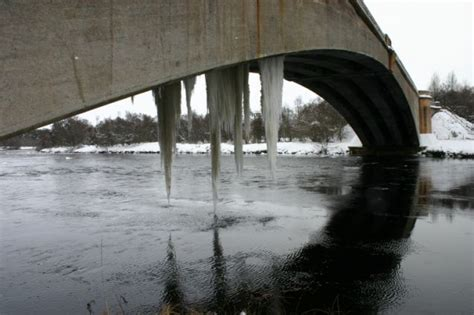 at 27 foot is this the world s biggest icicle metro news