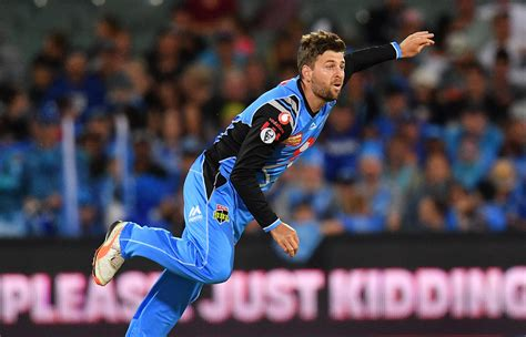 Hilton cartwright (47 not out off 44 balls) and ashton agar (26 not out off 29) helped perth to their total, moving them top and pushing the strikers back into second place. Spinner in for Scorchers clash | Adelaide Strikers - BBL