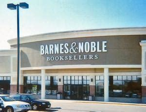 barnes and noble bayshore b n event locator