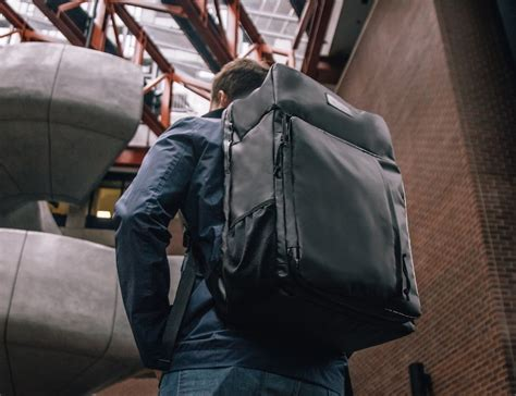 worlds  carry  backpack luggage  built  shelf review