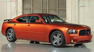 2006 Dodge Charger Daytona R  T Wallpapers  U0026 Hd Images