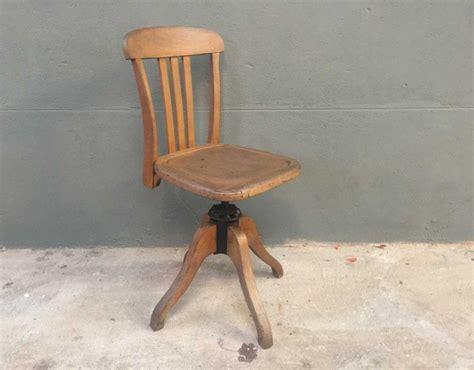 prix bureau chaise de bureau prix maison design wiblia com