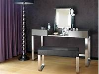 make up table Hesperide's Make-up Table: A mobile dressing table design - Hometone