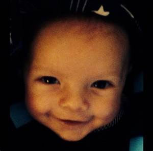 Fergie shares new photo of son Axl on Twitter and Instagram