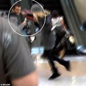 Sienna's paparazzi rage: Miss Miller attacks photgrapher ...