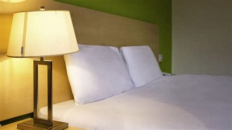 prix d une chambre hotel ibis ibis styles leyton hotel bed and breakfast