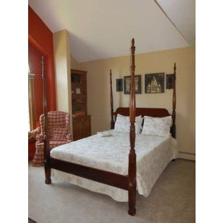 queen size  poster bed foter