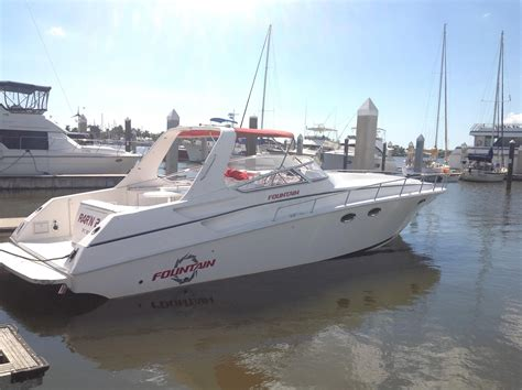 Boat Dealers Ta Fl by 2002 38 Express Cruiser Power New And Used Boats