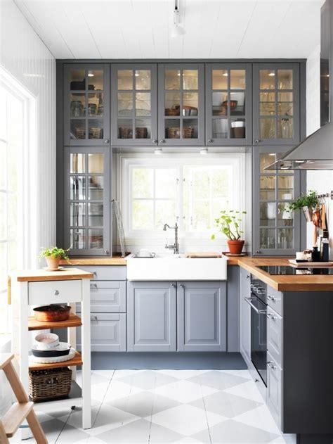 cuisine grise quelle couleur au mur la cuisine grise plutôt oui ou plutôt non