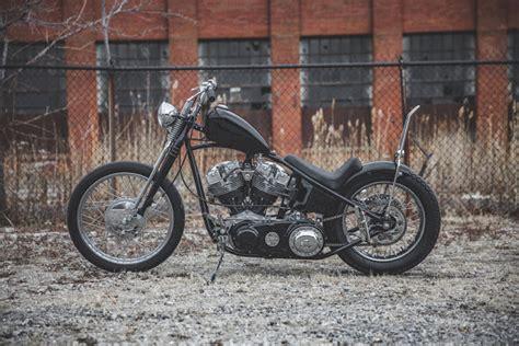 Harley Davidson Shovelhead 1976 By The