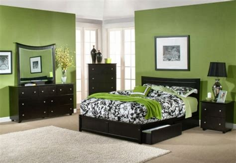 Green Bedroom : Mint Green Colored Bedroom Design Ideas To