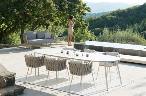 Armani Sofas by Tosca Tisch Trib 249