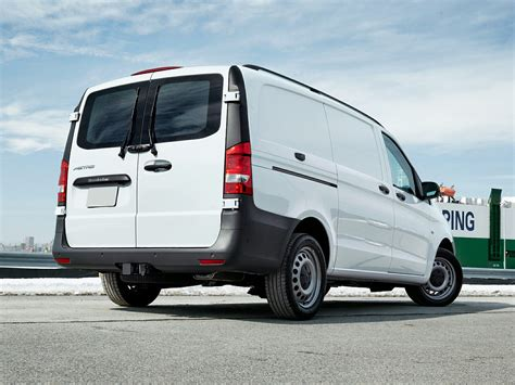 mercedes minivan 2016 mercedes benz metris class price photos reviews
