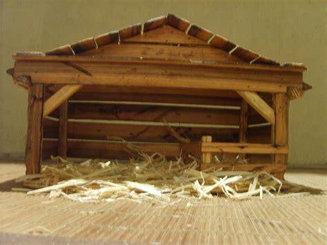 wooden creche nativity stable  themomandpopwoodshop  etsy