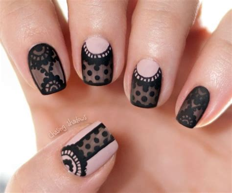 Nail Art : 40 Classy Black Nail Art Designs For Hot Women