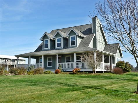 wrap around porch recent sale of horse property in aumsville oregon homes with horse sense blog