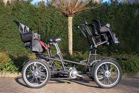 duofiets  holland  seated riders   wheels