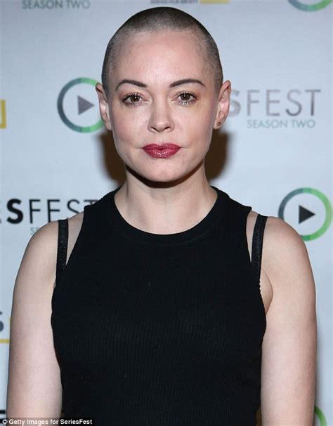 Rose McGowan rushes to defend Renée Zellweger against ...