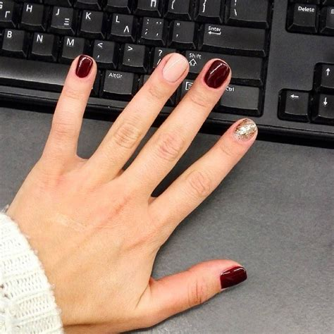 mixed nail colors  berry red nude gold glitter