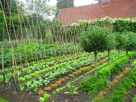 house layout kitchen garden week pashley manor gardens