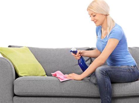 nettoyer un canape en tissu avec du bicarbonate nettoyer un canape en tissu avec du bicarbonate de soude