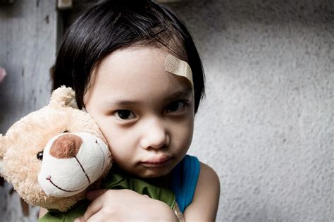 4 Ways To Recognize Signs Of Abuse In A Toddler Or Baby
