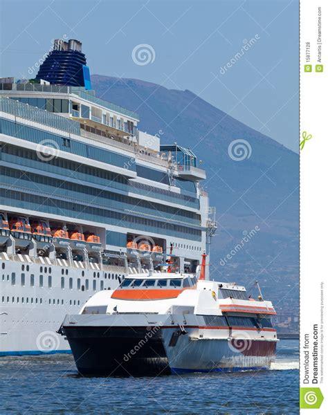 Large Catamaran Cost by 31 Elegant Catamaran Cruise Ship Fitbudha