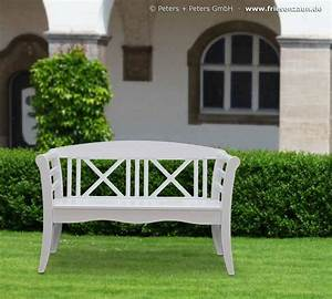 Gartenbank Holz Weiß : wooden garden benches and garden furniture painted white in a traditional german island way ~ Whattoseeinmadrid.com Haus und Dekorationen
