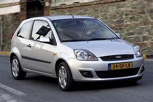 Ford Fiesta 1 4 16v Futura  2006