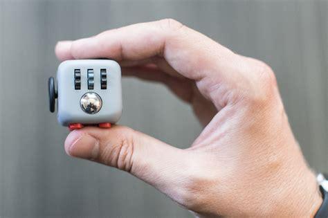 spinner fidget original un cubo que termina con la ansiedad sí y ya ha