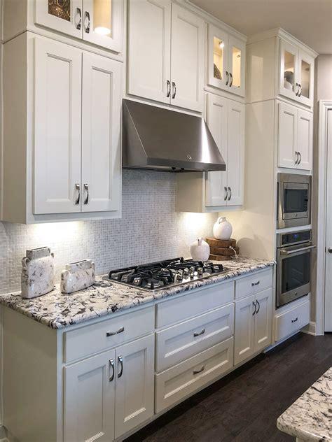 large drawers  cooktop kitchen taylorcraft cabinet