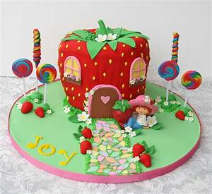 How to Throw a Strawberry Shortcake Party