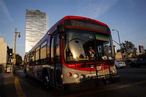 los angeles metro bus passenger dont mess     ebola