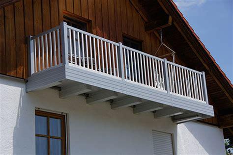 ringhiera in legno per esterno ringhiere in alluminio per esterni ed interni alba srl