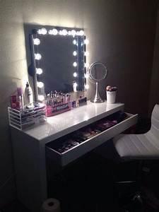 Miroir Avec Lumière Pour Maquillage : les 25 meilleures id es de la cat gorie coiffeuse ikea sur ~ Zukunftsfamilie.com Idées de Décoration