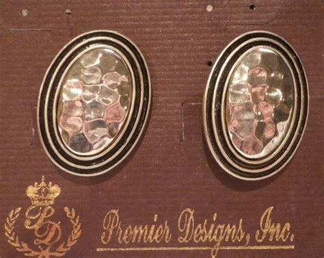 Momentum Retired Premier Designs Earrings