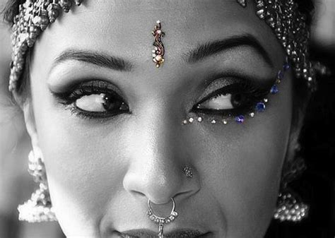 the significance of a nose piercing akosmopolite