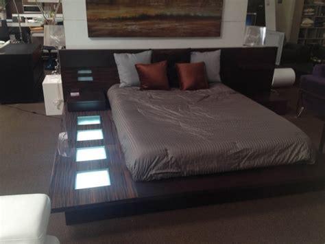 impera modern contemporary lacquer platform bed wonderful modrest impera modern contemporary lacquer